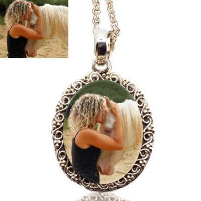 photo-necklaces